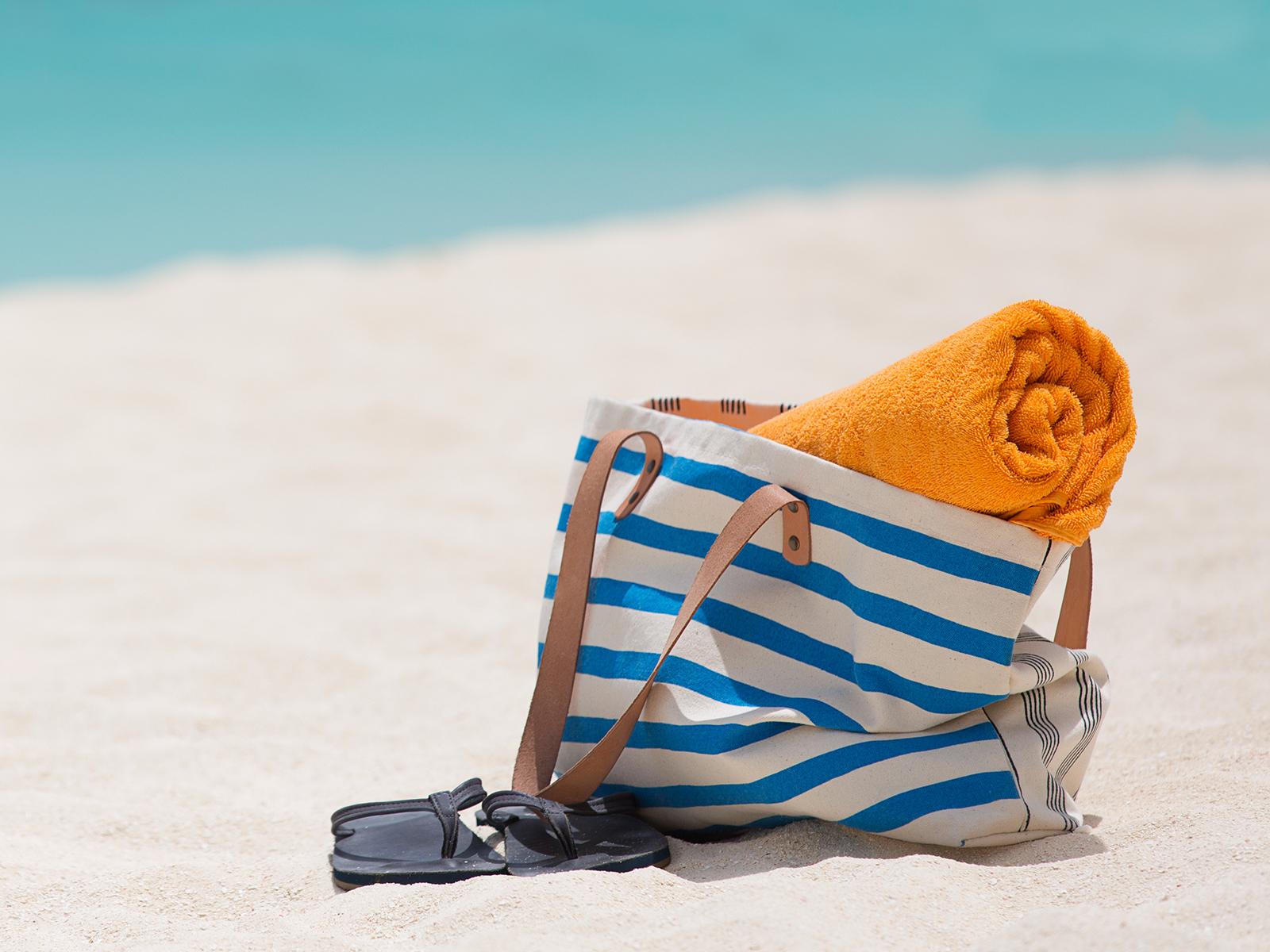 Borsa Re-towel sulla spiaggia